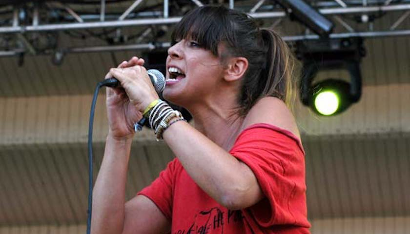 Cat Power Live at Lollapalooza