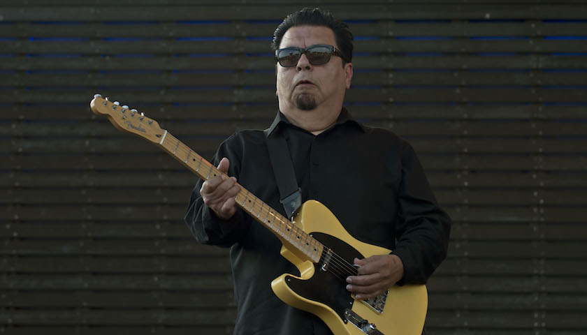 Los Lobos Live at Blues on the Fox