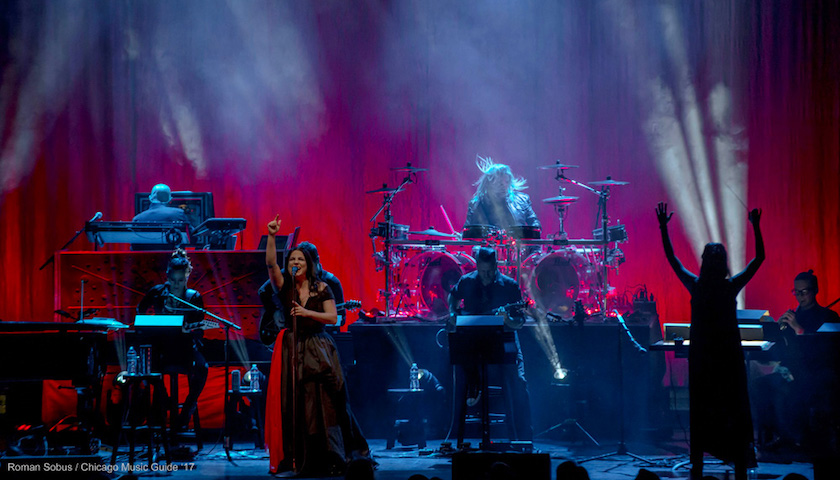 REVIEW – Evanescence Live at the Chicago Theatre