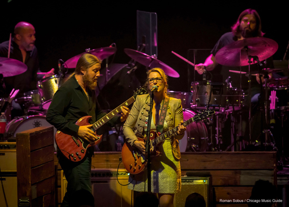 tedeschi trucks band at the chicago theatre