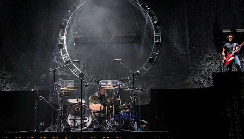 3 Doors Down Live