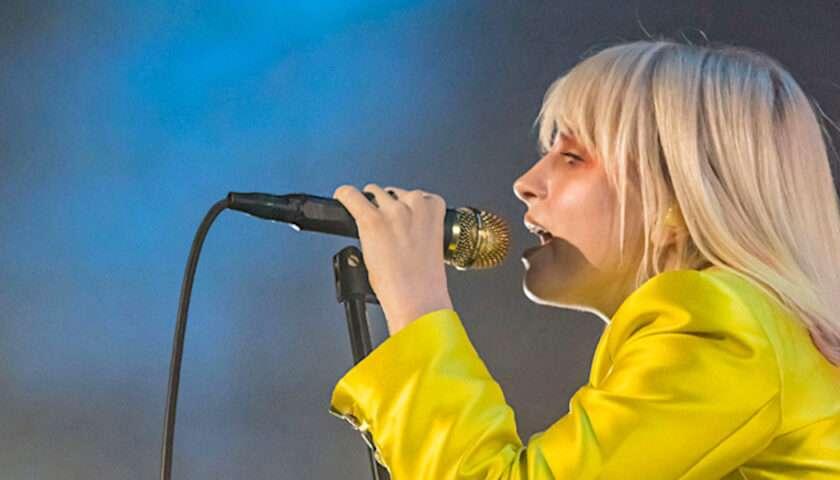 Paramore Live