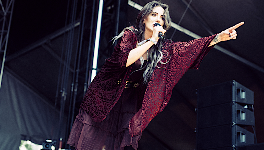 Dorothy Opens the Final Day of Lollapalooza in True Rock n Roll Style