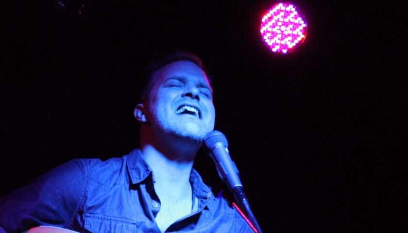 Aaron Williams Live