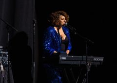 PHOTOS: Marsha Ambrosius Live at Chicago Theatre
