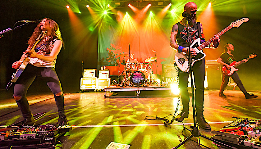 Baroness Live at Riviera Theatre