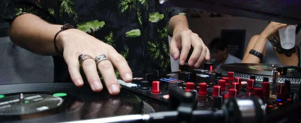 DJs from Canada